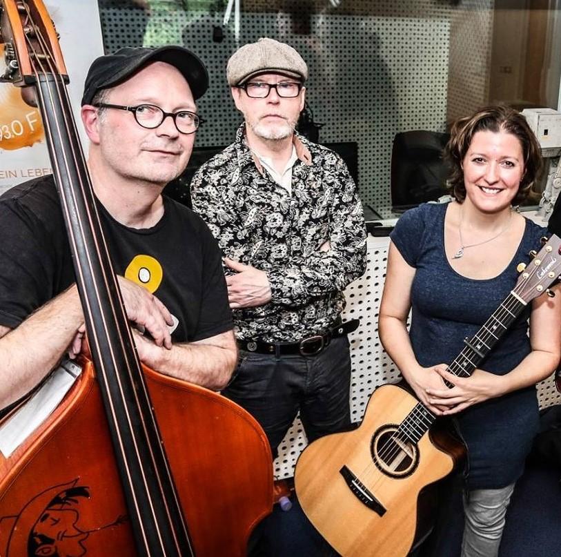 Claudia Rudek Acoustic Trio Foto